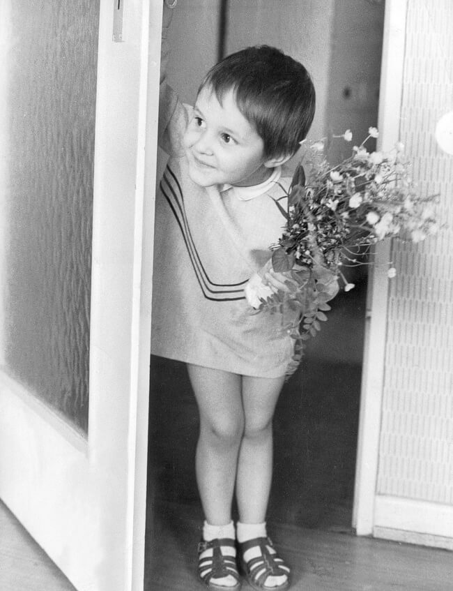 29 Pictures Of Children Of The Past Show The Differences Between Generations - Mother's Day, 1966