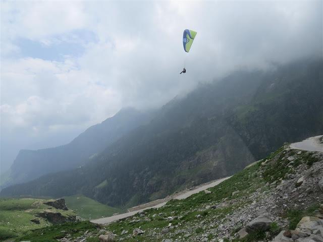 Paragliding near Rohtang Pass, Manali
