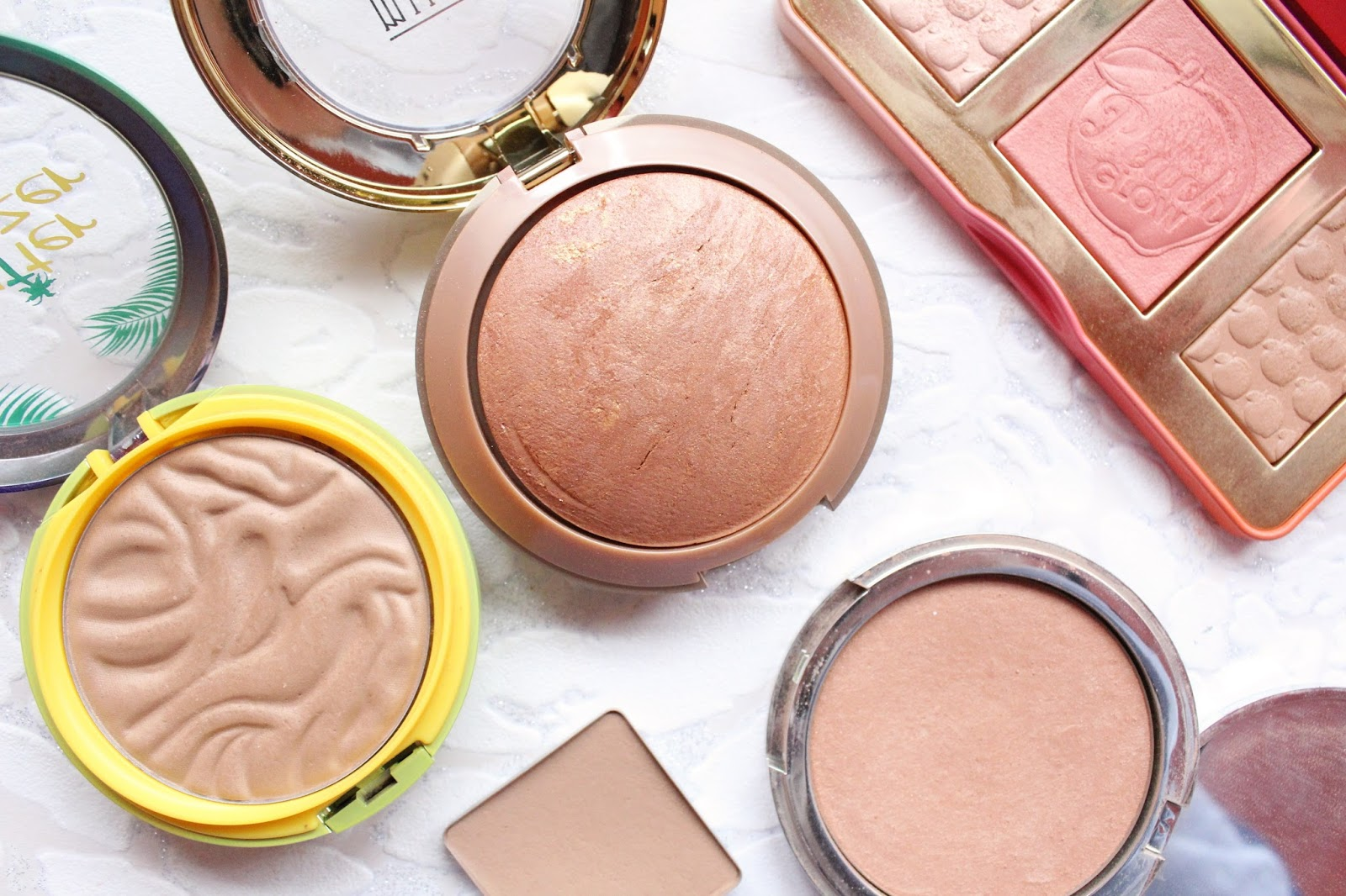 Bronzers for Lighter Skin Tones