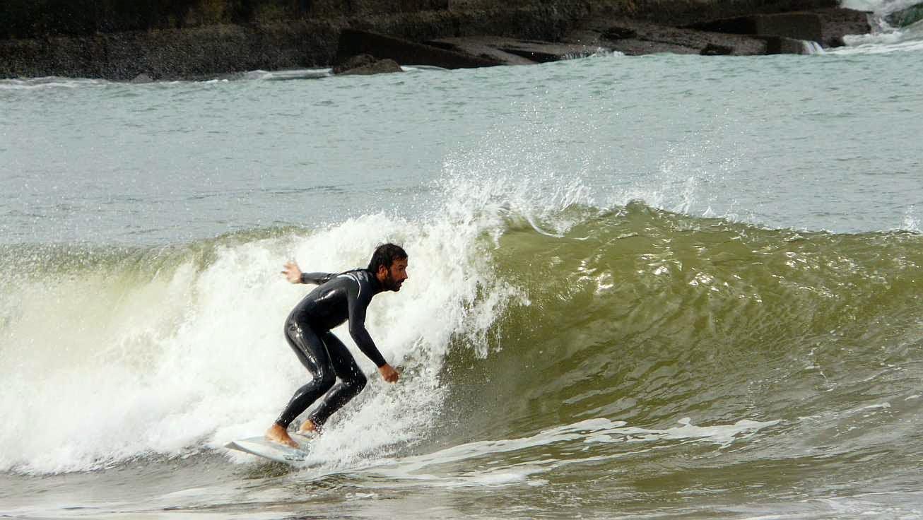 surfing ereaga 14