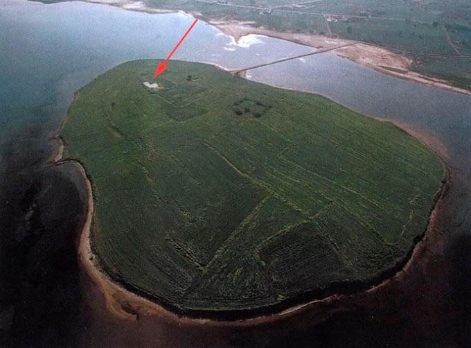 ΛΗΜΝΟΣ  Ο προϊστορικός οικισμός στο Kουκονήσι