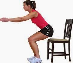 ejercicios-para-bajar-de-peso-en-casa-sentadillas