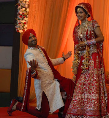 Harbhajan-Singh-with-wife-Geeta-Basra-wedding