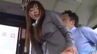 ญี่ปุ่นอีกแล้ว!! สาวบัญชีโดนขืนใจบนรถบัส xxxกันเบาะหลังดิ้นหนักมาก