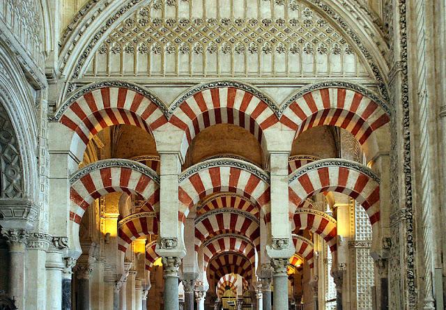 Masjid Cordoba kejayaan Islam di Spanyol