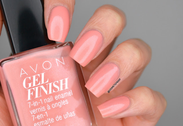 Avon Gel Finish in Dazzle Pink Swatch