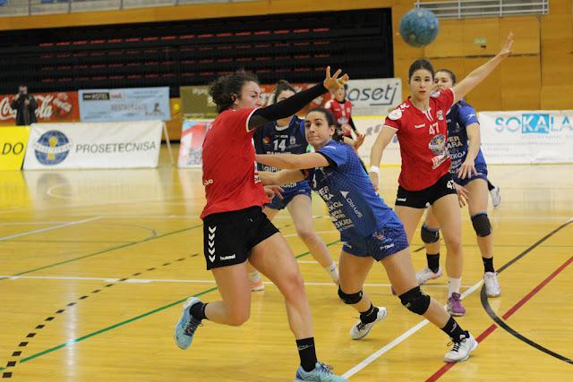 Balonmano | El Zuazo concluye cuarto la primera vuelta tras ganar por primera vez en Valladolid