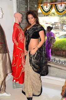 Neetu Chandra in Black Saree at Designer Sandhya Singh Store Launch Mumbai (66).jpg