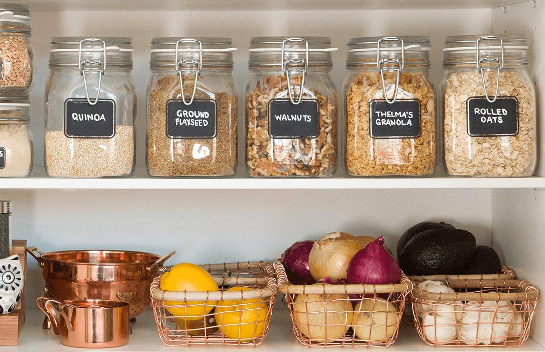 Como organiza a despensa / armário de comida e economizar dinheiro!