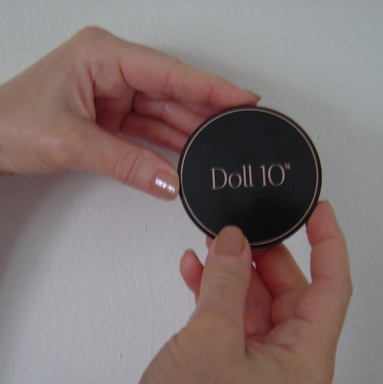Doll 10 CC Powder compact closed.jpeg