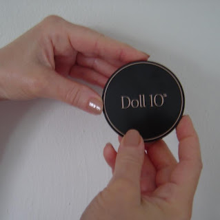 Doll 10 CC Powder compact closed.jpeg