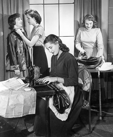 Free Vintage Knitting, sewing and crochet patterns at the Vintage Pattern Files