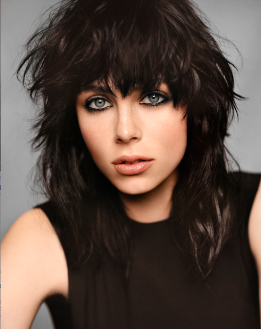 Te new ambassadress of the fragrance Black Opium: Edie Campbell