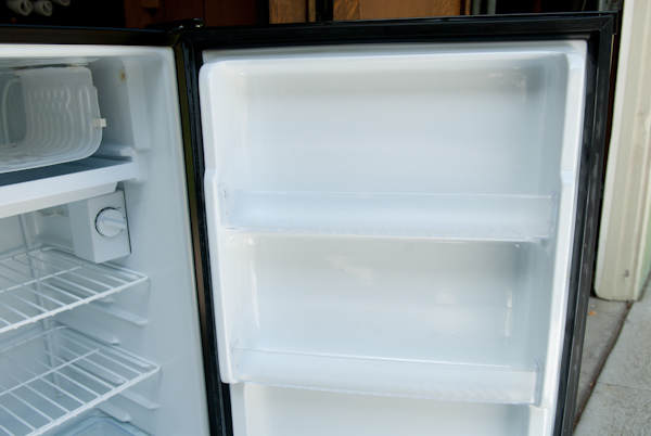 Heygreenie Sanyo Mini Fridge