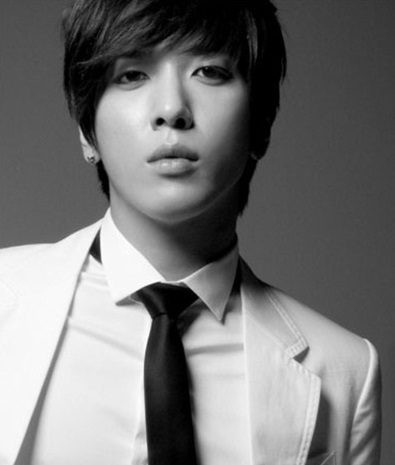Jung Yonghwa Profile | ALL ABOUT KOREA