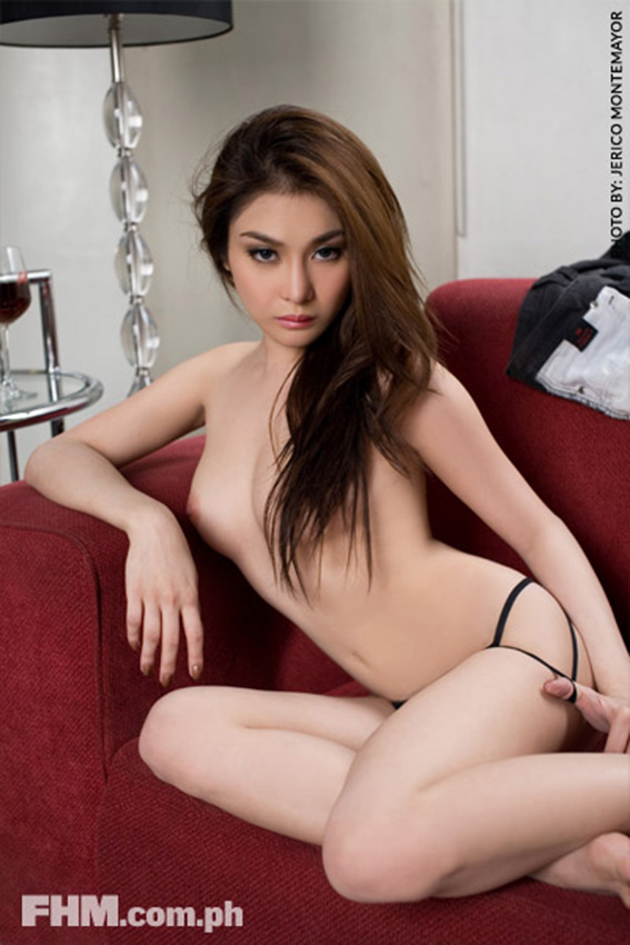 bianca peralta sexy fhm topless pics in the sofa 03