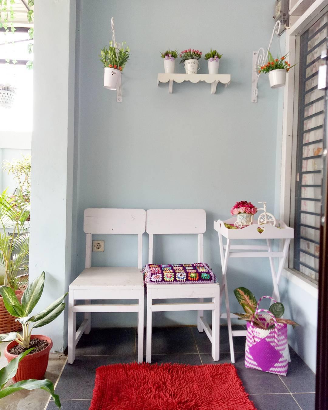 Cat Rumah Shabby - cara dan contoh dekorasi teras rumah minimalis terbaru 2017 17126169 288057504947257 7670238122327670784 n