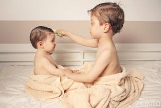 cara membuat minyak kemiri untuk bayi, cara cepat menumbuhkan rambut bayi setelah digundul, cara membuat minyak seledri, cara menyuburkan rambut bayi yang tipis, cara menebalkan rambut bayi yang tipis, cara melebatkan rambut bayi dengan cepat, cara agar rambut bayi tumbuh lebat dan lurus, cara melebatkan rambut bayi 1 tahun