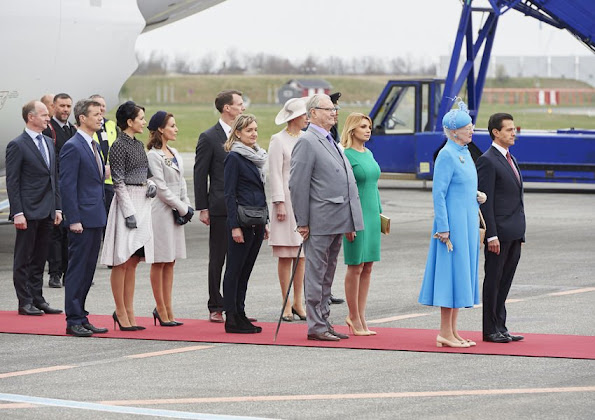 Danish Royal Family was at Copenhagen Airport in order to welcome Mexican President Enrique Pena Nieto and his wife Angelica Rivera