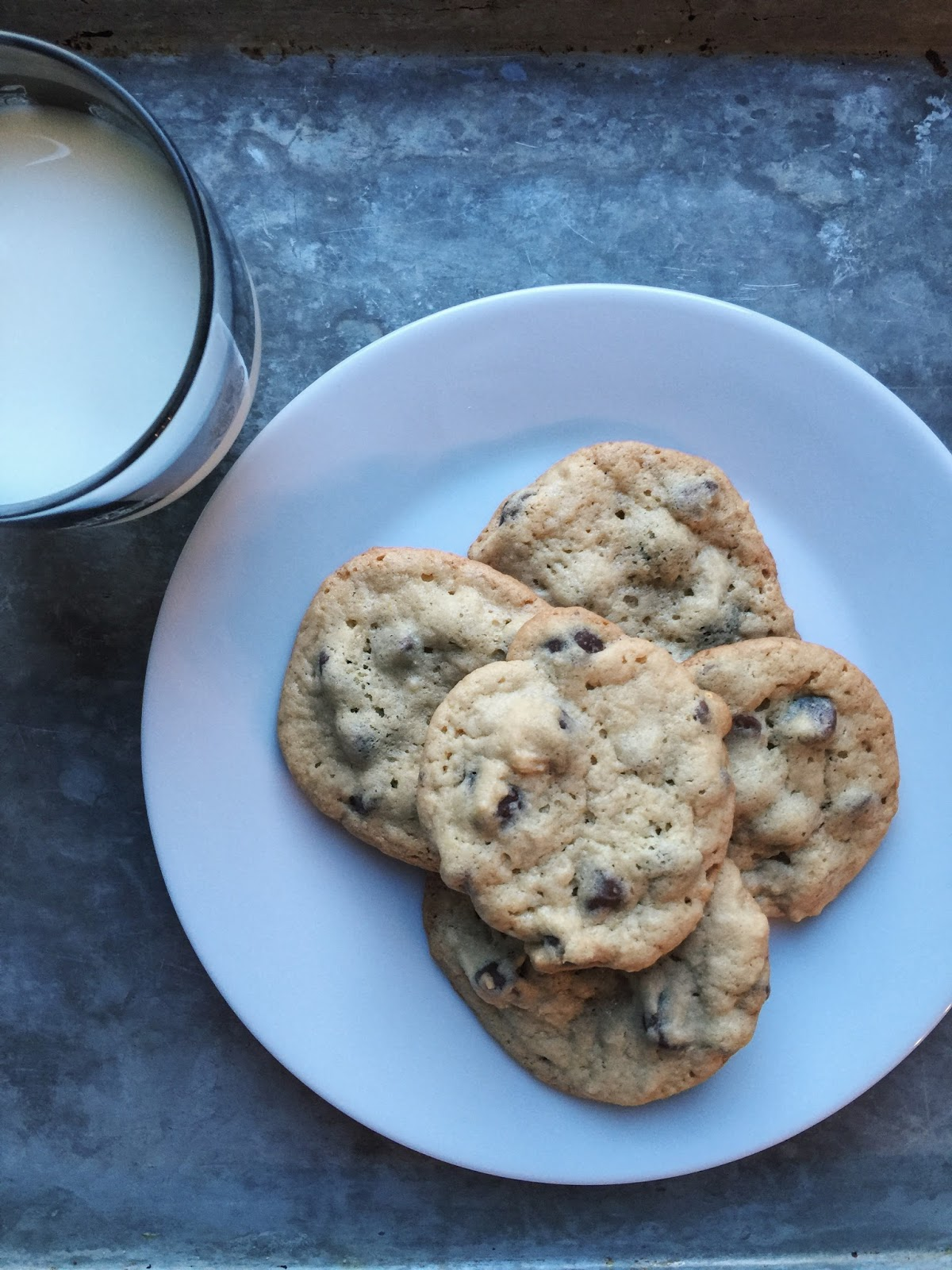 http://www.aglimpseinsideblog.com/2016/07/chocolate-chip-malted-milk-cookies.html