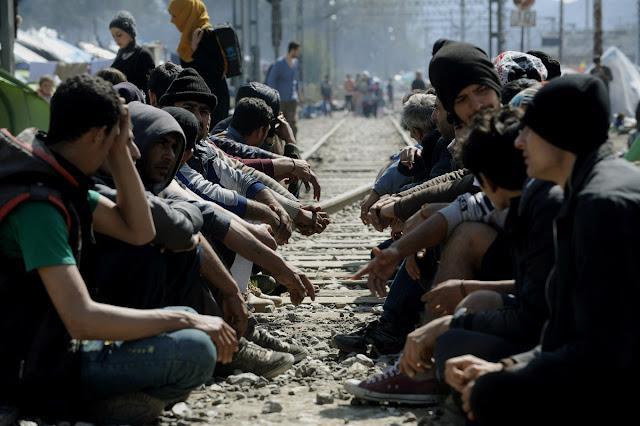 """Μήπως πέσαμε στην παγίδα της Γερμανίας στο """"προσφυγικό"""";"""