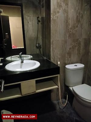 review kamar hotel sapadia cirebon
