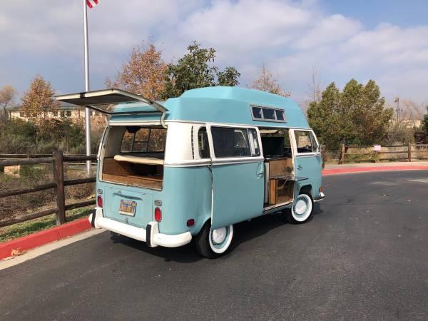 Gorgeous 1971 VW Camper Van