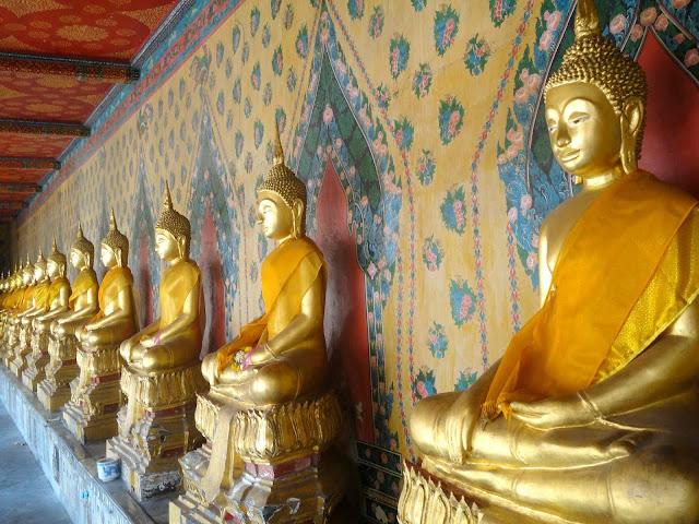http://www.les-reveries-d-isisya.com/2015/11/thailande-jour-21-23-bangkok.html