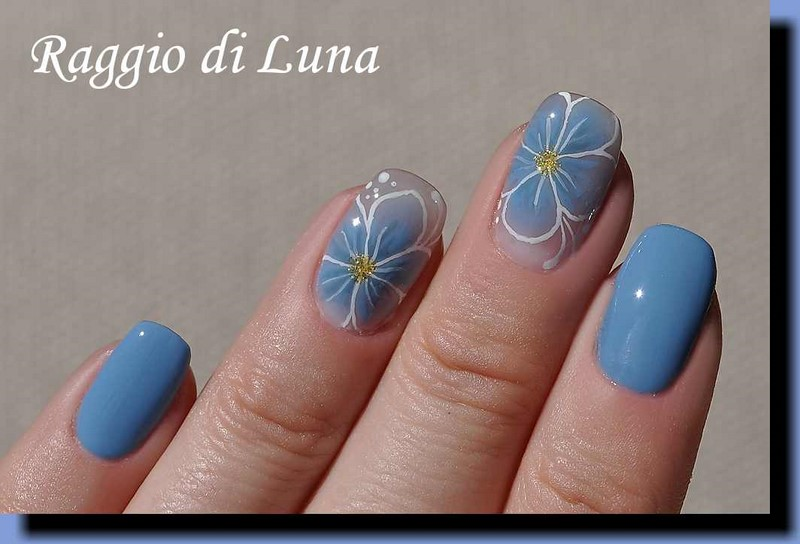 Raggio Di Luna Nails Uv Gel Manicure With Free Hand Nail Art