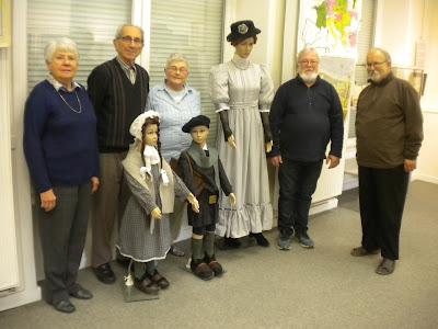 Les spécialistes du Musée et les membres de l'AAEEMN (Association des Anciens élèves de l'Ecole Normale)