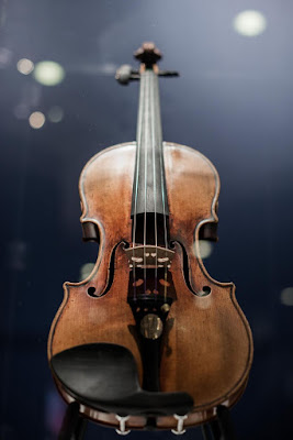 Un Stradivarius à Hong Kong, en 2014. Photo Philippe Lopez. AFP