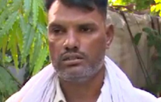 Christian ICE Cream Vendor Beaten and Abused in Punjab Pakistan by Muslim Men