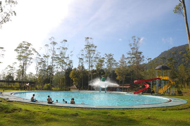 Kegiatan Wisata Di Ranca Upas pemandian air panas
