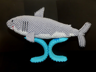 3d origami shark made from 3d origami pieces
