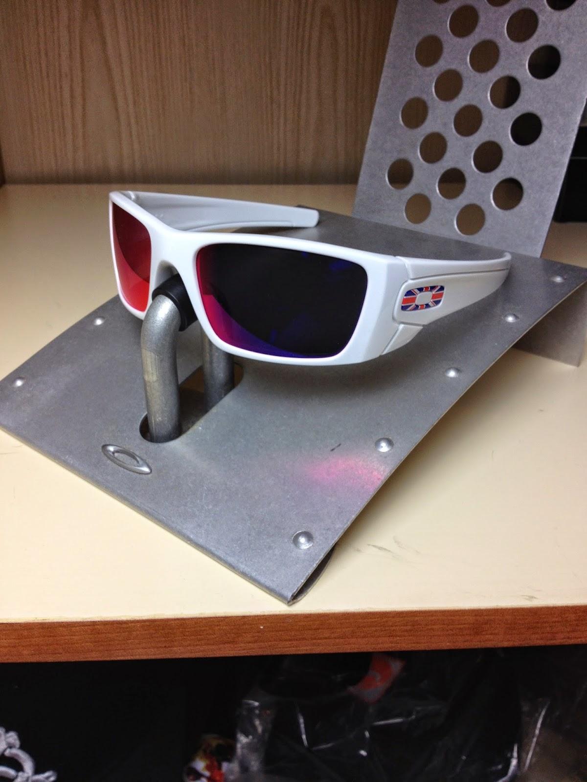 203547a11a Oakley Eyepatch 2 Steel « One More Soul
