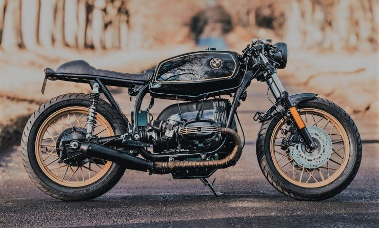 THE JM CUSTOMS BMW R45 CAFE RACER