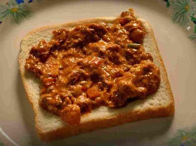 Gambar Sandwich Sardin