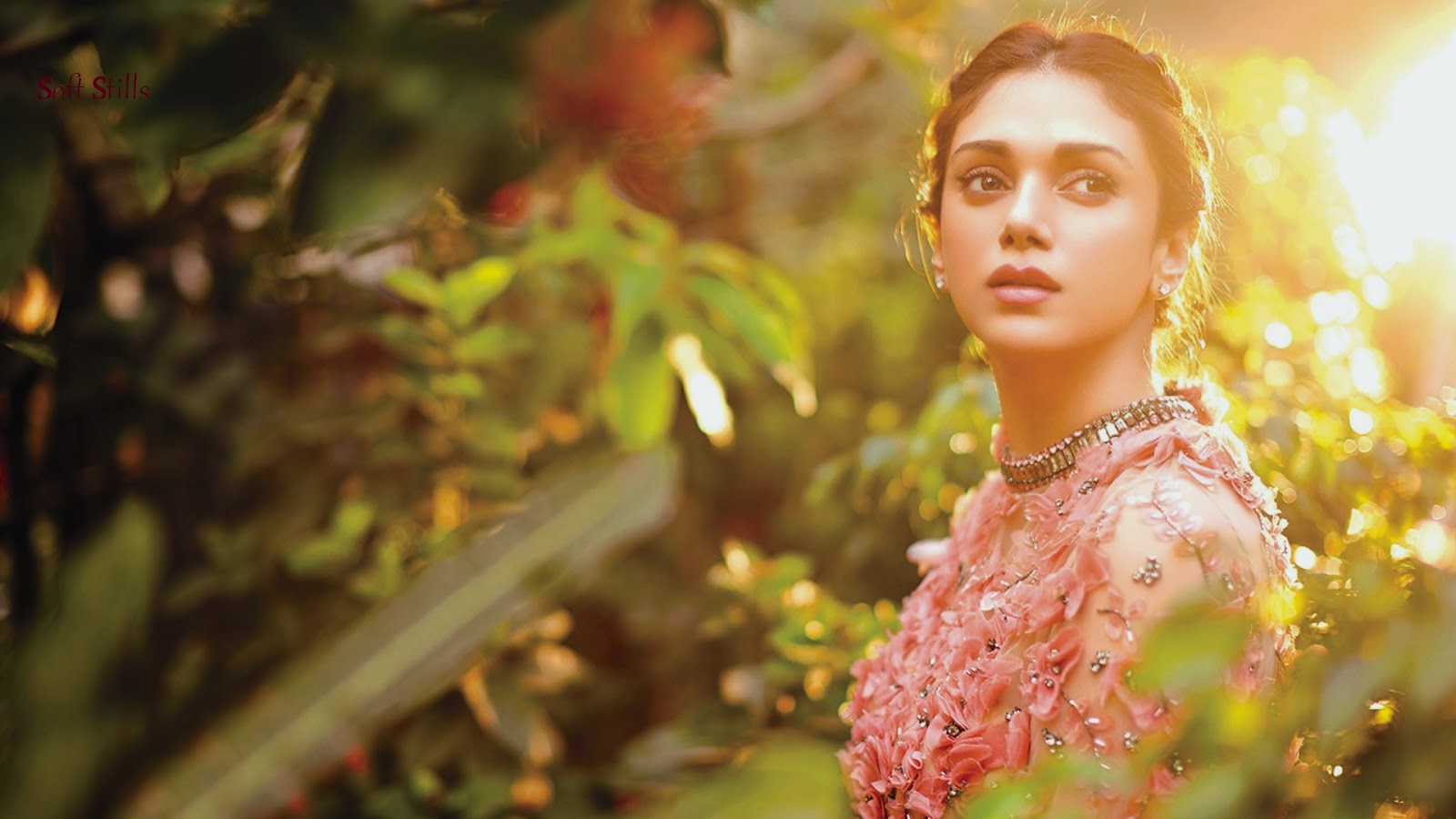 Aditi Rao Hydari Wallpapers Santabanta