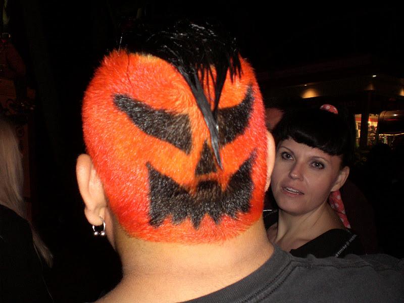 Halloween Hair Styles: Midnight In The Garden Of Evil