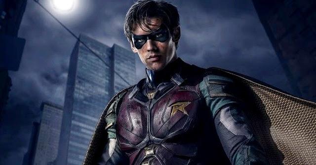 A série Titãs estreou na Netflix, e por bem ou por mal está sendo muito comentada. Difersos acham que é a MELHOR série da DC, outros que é QUASE a melhor, e alguns que acham Arrow superior. De qualquer forma, não podemos negar que é uma boa série. E no meio disso tudo surgiu a duvida, em qual Universo se passa Titans?