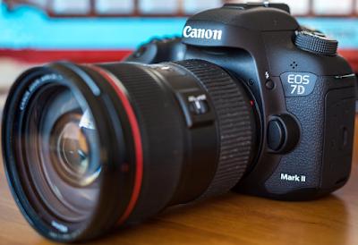 Spesifikasi Kamera Canon Eos 7D Mark II dan Harga Terbaru