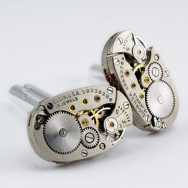 Joyería hecha con relojes reciclados