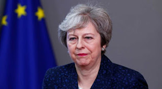 Theresa May rejects pivot towards Brexit customs union compromise