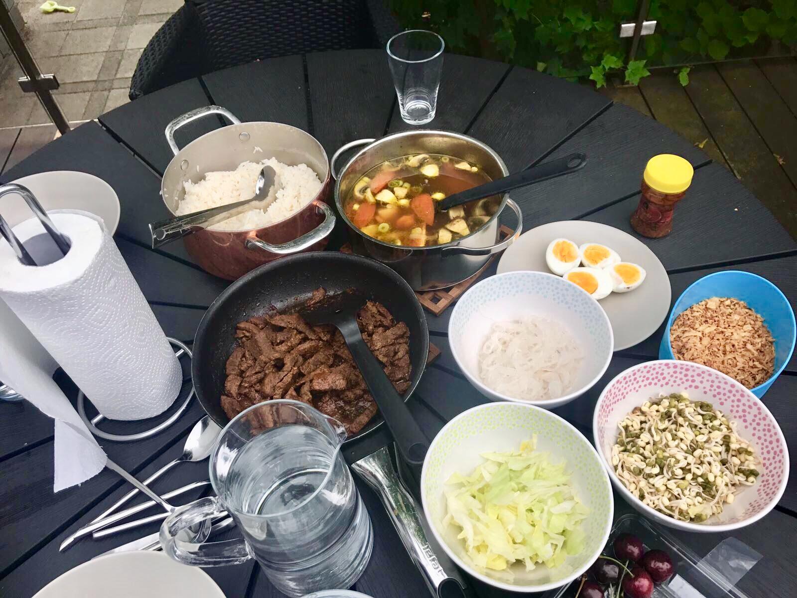 7 Kebiasaan Makan Keluarga Eropa