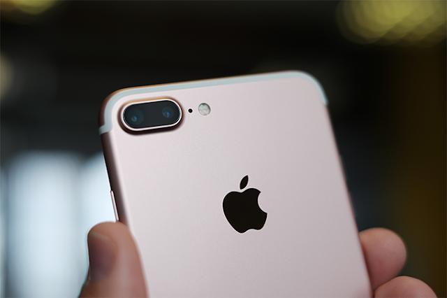 São Paulo – O iPhone que você queria comprar no ano passado ficou para depois? Você não está sozinho. De acordo com a consultoria Counterpoint, a Apple perdeu mais de 50% dos seus consumidores no Brasil em 2016.