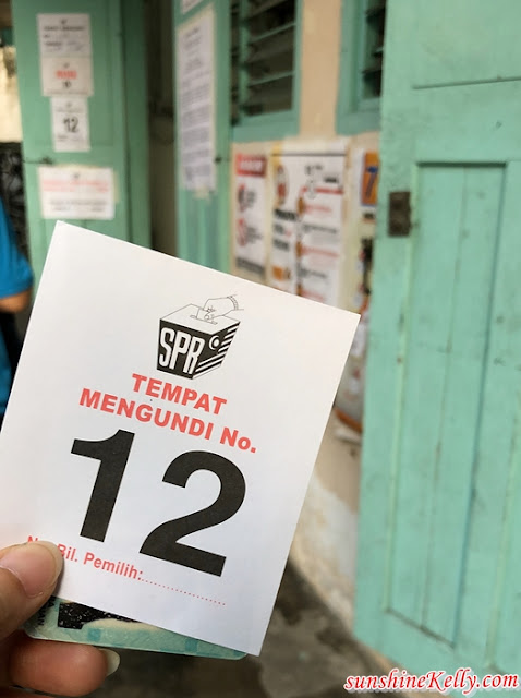 New Malaysia, My Experience, Malaysia 14th General Election 2018, SPR, PRU14, GE14, Inked Fingers, Election Ink Finger, Malaysian, Malaysian Vote, Saluran, Malaysia GE14 Election Day, Malaysia GE14 Election Results, Saluran