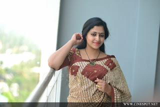 Anu Sithara Cute HD Images And Beautiful Wallpapers Navel Queens