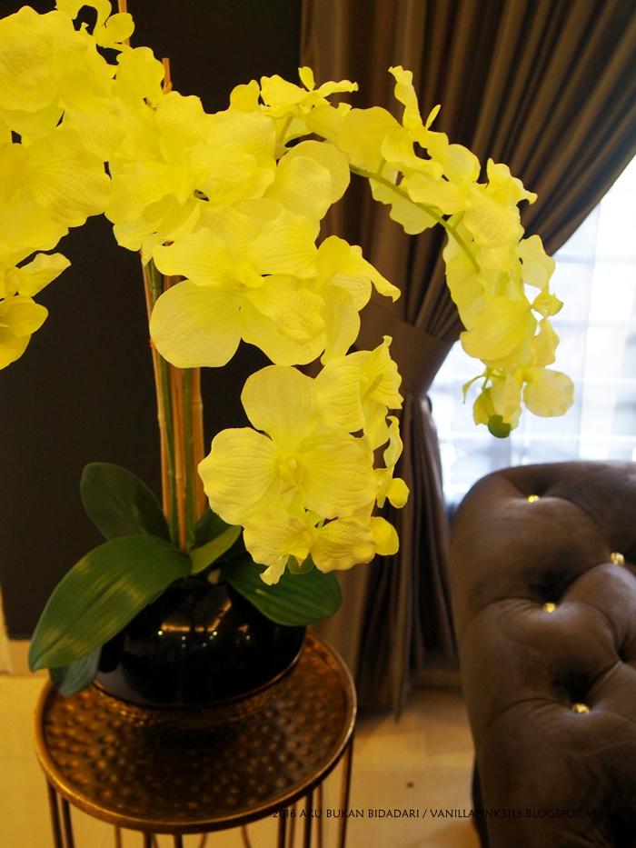 Aku Bukan Bidadari Buatsendiri Gubah Bunga Orkid Simple Tapi