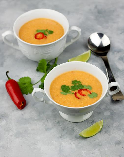 zupa pomidorowa po tajsku
