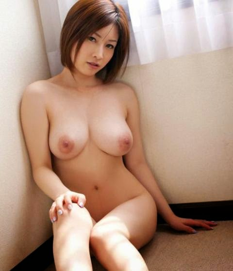 Japanese Naked Breast Only 43